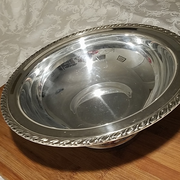 Other - Vintage Wm A Roger's Silver Plated Bowl